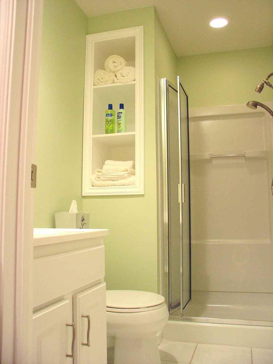 amazing designs for small bathroom