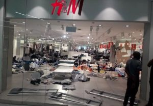 H&M Shops Vandalized In South Africa Over Recent ''Monkey'' Advert