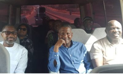 Video: Femi Otedola Enjoys Sunday Bus Ride With Governor Ambode And Aliko Dangote