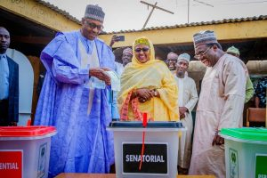 Photo Speaks: President Buhari And His Wife Casts Their Votes In Daura