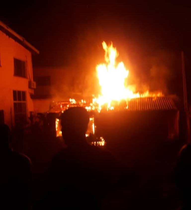 Fire Razes Ex-Nigeria 's President Obasanjo's House In Abeokuta, Ogun State