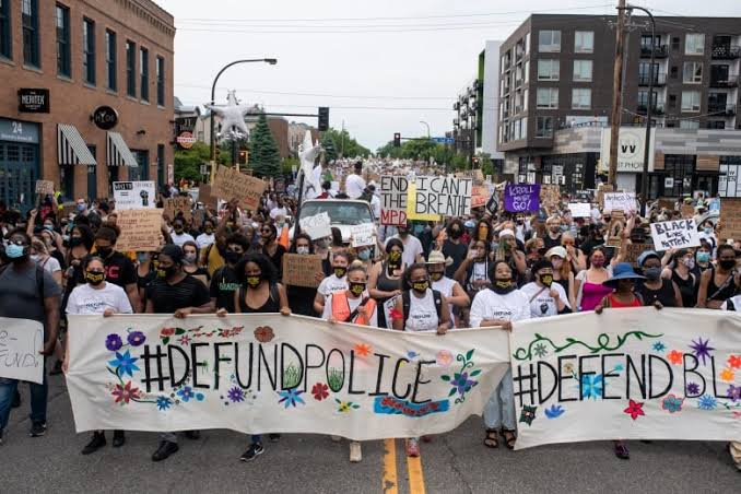 Minneapolis protesters call for defund of police