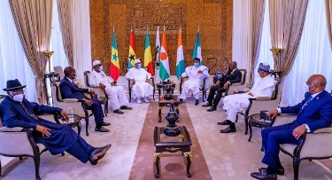 The presidents of Senegal, Ivory Coast, Ghana, Nigeria and Niger have scheduled meetings with Malian President and leaders of a protest movement clamouring for his resignation.