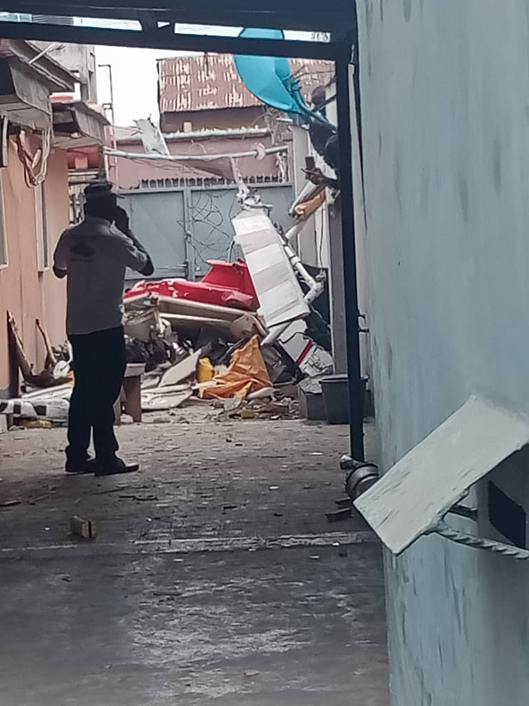 Update: Two Confirmed Dead, One Injured As Helicopter Crashes Into  Residential Building In Opebi, Lagos (photos/video) - MojiDelano.Com